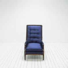 Navy Blue Tufted Chairs | Mid-Century Modern, Hollywood Regency | Birch & Brass Vintage Rentals | Weddings and Corporate Events | Austin, Texas