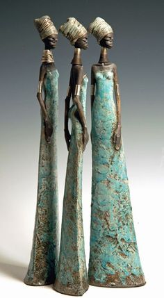 Tony Foard Raku fired with a textured surface finished with patinated silver leaf African American Art, African Art, African Women, Sculptures Céramiques, Sculpture Art, Bronze Sculpture, Ceramic Figures, Ceramic Art, Raku Pottery