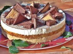 Tort de toamna cu mere si gutui Romanian Desserts, Something Sweet, Tiramisu, Biscuit, Sweet Treats, Cheesecake, Food And Drink, Dessert Recipes, Pie