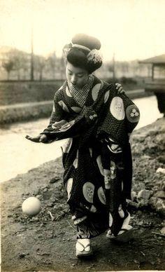 "tytusjaneta: "" Unattributed, Maiko Hatsuko Playing with a Ball, 1920s """