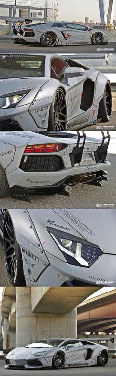 #Lamborghini Aventador.
