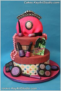 fashionista-II-cake-01 by Cakes.KeyArtStudio.com, via Flickr