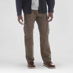 When it comes to pants for men, there is a lot to choose from including mens cargo pants. Mens Cargo, Cargo Pants Men, Khaki Pants, Workwear Store, Tomboy Fashion, Tomboy Style, Mens Fashion, Mens Big And Tall, White Tees
