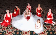 Wedding party pose- the girls