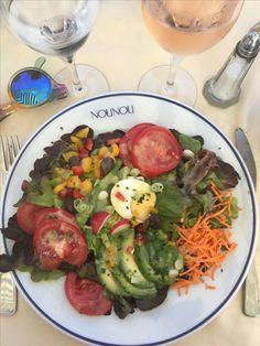 Salade Nicoise at Nou Nou beach #tomatoe #avocado #carrots #mais #egg #food #foodporn #inspo