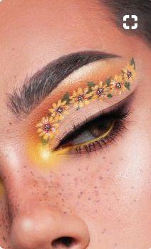 🌺Shister James Charles re-creating a stunning sunflower look🌺 Makeup Eye Looks, Eye Makeup Art, Crazy Makeup, Cute Makeup, Perfect Makeup, Makeup Inspo, Beauty Makeup, Yellow Eye Makeup, Makeup Set