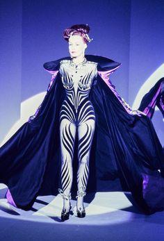 Julie Newmar, Mugler Fall 1995 Couture Collection Photos - Vogue