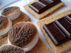 Merriment :: Indoor Smores by Kathy Beymer. Wish I'd found this recipe BEFORE Noa's birthday campfire was rained out. We'll have to try them soon, anyway.