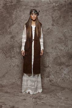 Chaleco largo de ante marrón - 650,00€ : Zaitegui - Moda y ropa de marca para señora en Encartaciones