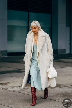 New York Fashion Week Day 4 New York Fashion Week Street Style Fall 2019 Street Chic, Men Street, Paris Street, Looks Street Style, Autumn Street Style, New York Fashion Week Street Style, Cool Street Fashion, Style Personnel, Cooler Look