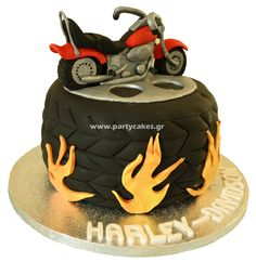 Ideas for motorcycle party men groom cake Motorcycle Birthday Parties, Motorcycle Party, Harley Davidson Cake, Harley Davidson Birthday, Cupcakes, Cupcake Cakes, Cake Original, Motorbike Cake, Bike Cakes