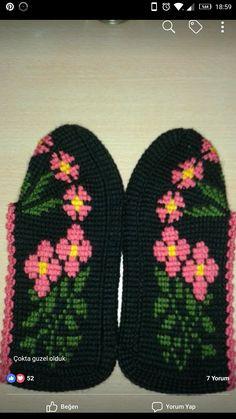 Ted Baker, Moda Emo, Piercings, Toms, Tunisian Crochet, Louis Vuitton, Wonderful Things, Knitted Hats, Cross Stitch