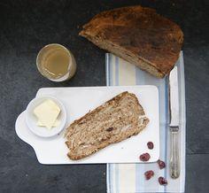 Granola, Banana Bread, French Toast, Brunch, Breakfast, Desserts, Parchment Paper Baking, Seasonal Recipe, Pain Au Chocolat