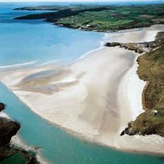 Thalasso Irlande : Cork Inchydoney Island Lodge et Spa, sejour thalassotherapie luxe Irlande golf Ireland Beach, Ireland Vacation, Ireland Travel, Best Beaches In Ireland, Ireland Hotels, Ireland Food, Highlands, Places To Travel, Places To See