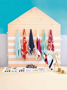 Thanks @Jan of Poppytalk for sharing a dose of our summer issue on its brilliant blog! Featured is the 'Best Buys: Beach Towels' — styling by Jessica Hanson and photography by Guy Bailey. From January/February 2014 issue of Inside Out magazine, available from newsagents, Zinio, http://www.zinio.com, Google Play, https://play.google.com/store/magazines/details/Inside_Out?id=CAowu8qZAQ, Apple's Newsstand, https://itunes.apple.com/au/app/inside-out/id604734331?mt=8&ign-mpt=uo%3D4 and Nook