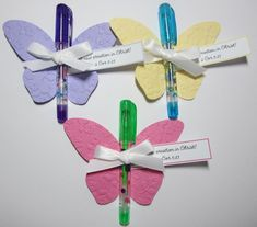 Butterfly favors using gel pens (10 for $1) from the Dollar Tree.