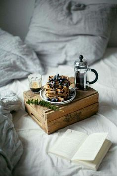 breakfast & brunch: breakfast waffles and coffee Coffee Photography, Food Photography Styling, Food Styling, Breakfast Photography, Woman Photography, Photography Ideas, Sweets Photography, Morning Photography, Capture Photography