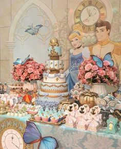 Finding Swift Programs In Nice Quinceanera Party Decorations - Happy Time Cinderella Baby Shower, Cinderella Theme, Cinderella Birthday, Cinderella Wedding, Cinderella Quinceanera Themes, Quinceanera Party, Disney Princess Birthday Party, Birthday Party Themes, Birthday Cake