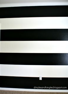 How I Painted a Perfectly Striped Wall {Tutorial}