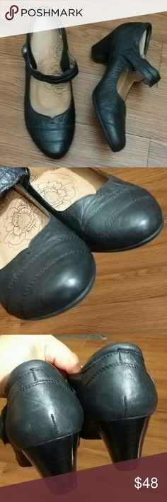 36d6b9f16c5 Taos Footwear Mary Jane heels Angel by Taos Footwear Black leather heels  Mary Jane velcro strap Size 8 US chunky heel Removable footbed In excellent  used ...