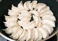 chinese dumplings and potstickers [warning: a long post]  Do you know what that one recipe was that started you on your cooking passion? I have cooked since I was a kid, but I didn't get serious until I was a sophomore in college and I felt this cultural obligation to make dumplings from scratch to celebrate the Chinese New Year.
