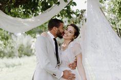 Yonca (oprichtster van Happy Earth Kitchen) trouwde met haar grote liefde Giorgio bij In De Kas, een biologische fruitgaard in Nijmegen.