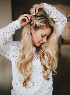 2018 Wedding Hair Trends The ultimate wedding hair styles of 2018 - TANIA MARAS bespoke wedding headpieces wedding veils curlyhairtrends Curly Weave Hairstyles, Long Face Hairstyles, Pretty Hairstyles, Wedding Hairstyles, Braid And Curls Hairstyles, Updo Hairstyle, Unique Hairstyles, Hairstyle Ideas, Hair Trends
