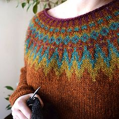 Rainbow of handknit lopapeysas! Fair Isle Knitting, Hand Knitting, Knitting Patterns, Nordic Sweater, Icelandic Sweaters, Knit Leg Warmers, Jumpers For Women, Knitted Hats, Knit Crochet