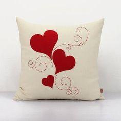 Patchwork Cojines Ideas 18 Ideas For 2019 Burlap Pillows, Sewing Pillows, Throw Pillows, Cushion Embroidery, Diy Pillow Covers, Cushion Covers, Pillow Crafts, Cushion Cover Designs, Heart Pillow