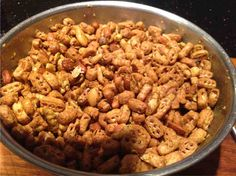 Forum Thermomix - The best community for Thermomix Recipes - Mrs Masons Nuts and Bolts Chex Party Mix Recipe, Masons, Simple Recipes, Dips, Easy Meals, Community, Snacks, Vegetables, Thermomix