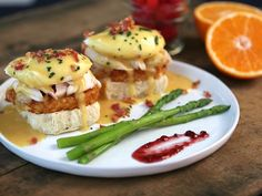 Benedict Breakfast, Thanksgiving leftovers and KING'S HAWAIIAN dinner Rolls go hand in hand.Breakfast, Thanksgiving leftovers and KING'S HAWAIIAN dinner Rolls go hand in hand. Thanksgiving Leftover Recipes, Thanksgiving Leftovers, Holiday Recipes, Turkey Leftovers, Leftover Turkey, Thanksgiving Ideas, Leftovers Recipes, Turkey Recipes, Brunch Recipes