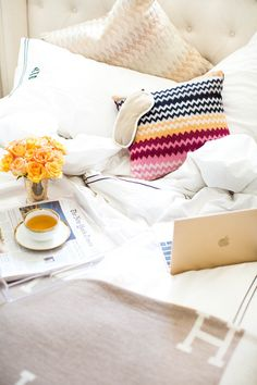 See how blogger Kat Tanita uses her west elm acrylic tray to have a cozy morning in bed.