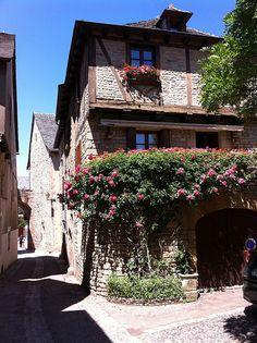 Saint-Côme d'Olt, Midi-Pyrenees Old Houses, Tour, Saint, Notre Dame, Castle, France, Paris, Explore, Monuments