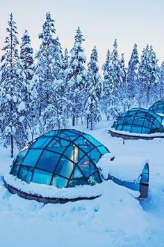 Stay in an Glass Igloo at the Kakslauttanen Arctic Resort in Finland Lappland, Places To Travel, Places To See, Travel Destinations, Dream Vacations, Vacation Spots, Finland Travel, Voyager Loin, Destination Voyage