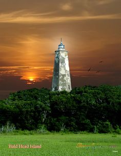 NC Light Houses / Baldy sunset tall / on Bald Head Island, North Carolina one of my very faves! Nc Lighthouses, North Carolina Lighthouses, South Carolina, North Carolina Homes, Bald Head Island, Lighthouse Photos, Beacon Of Light, Bald Heads, East Coast
