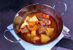 Cukkini Virág gasztroblog - receptek és tippek: Gulyásleves/Hungarian gulash soup