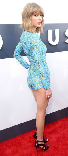 Taylor Swift Shows Off Some Skin at Z100's Jingle Ball