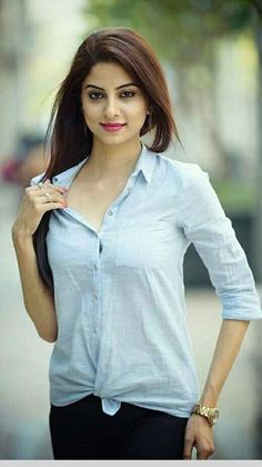 Life doesn't require that we be the best, only that we try our best Beautiful Girl Indian, Most Beautiful Indian Actress, Beautiful Gorgeous, Gorgeous Hair, Beautiful Dresses, Beautiful Women, Stylish Girls Photos, Stylish Girl Pic, Sexy Asian Girls