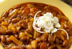 FAZOLOVÝ GULÁŠ Vegan Recipes, Cooking Recipes, Lentils, Chili, Paleo, Food And Drink, Soup, Menu, Diet