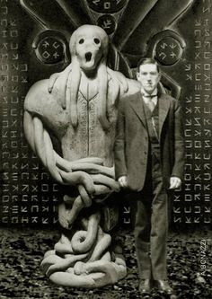 Lovecraft with a creature he created in his stories. Run On Sentences, Occult Science, Hp Lovecraft, Afraid Of The Dark, Perfect World, Cthulhu, The Darkest, Weird, Horror