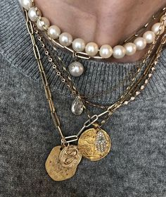5 Spring 2019 Trends Hiding In Your Closet - Spring 2019 Trend Delicate Layered Jewelry - jewelry Pearl Jewelry, Bridal Jewelry, Jewelry Gifts, Jewelery, Jewelry Necklaces, Gold Jewelry, Gold Bracelets, Tassel Necklace, Layering Necklaces
