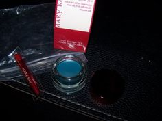 Mary Kay Tempting Teal Gel Eyeliner with Brush ** You can find out more details at the link of the image.