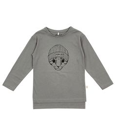Cool long sleeve tee in pale green colour with Imperfect cat design. GOTS Certified Organic Cotton + Spandex fabric Iglo and Indi sizes large Designed in Iceland, made in Portugal Cool Boys Clothes, Floki, Cat Design, Spandex Fabric, Green Colors, Boy Outfits, Organic Cotton, Im Not Perfect, Long Sleeve Tees