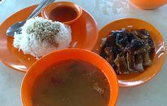Roasted Duck Rice from Kedai Kopi Sin Kek Seng   http://www.foodiehub.tv/fast-feasts/asia-pacific/Penang/review/Kedai-Kopi-Sin-Kek-Seng/Roasted-Duck-Rice/3959_3950