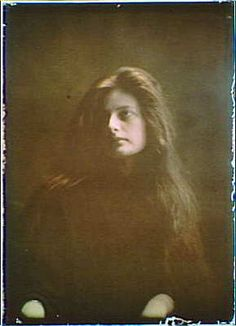 Woman,long red hair wearing dark clothing,color autochromes,Arnold Genthe,1906 1
