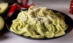Zin in een romige, maar toch gezonde pastasaus? Dan is deze gezonde pastasaus gemaakt van avocado precies wat je zoekt! Binnen 30 minuten staat het al op...