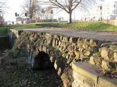 Remains of Nottingham's medieval Trent Bridge Nottingham Uk, Old Bridges, British Home, English Village, Slums, Leicester, Cathedrals, Homeland, Great Britain