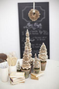 Christmas DIY Potluck by Salt Harbor Designs + Millie Holloman Photography  Read more - http://www.stylemepretty.com/2011/12/19/christmas-diy-potluck-by-salt-harbor-designs-millie-holloman-photography/