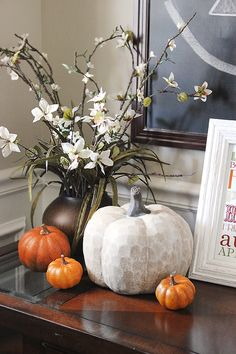🍴🍗🍽What are the best inspiration for Cute Thanksgiving decorations DIY? Thanksgiving Decorations, Seasonal Decor, Halloween Decorations, Holiday Decor, Fall Decorations, September Decorations, Holiday Parties, Fall Home Decor, Autumn Home