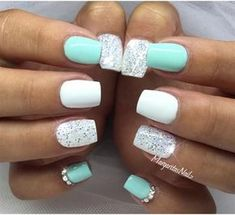 Mint green and white glitter #nail #nailart #glitter #womentriangle